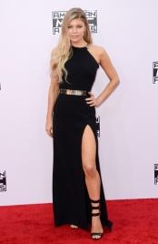 Fergie-en-Halston-Heritage-aux-American-Music-Awards-2014_portrait_w858