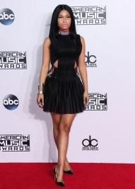 Photos-Selena-Gomez-Nicki-MInaj-Lucy-Hale-decouvrez-les-plus-beaux-looks-des-AMA-s-2014_portrait_w674