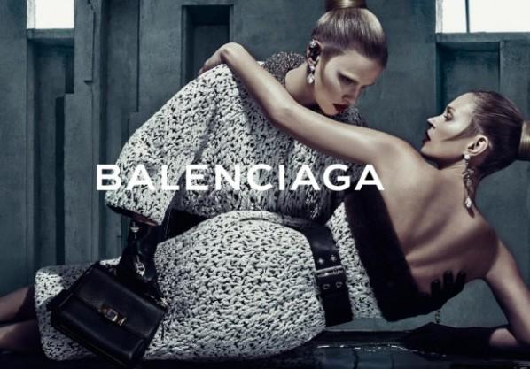 Exclu-les-images-de-la-nouvelle-campagne-Balenciaga-avec-Kate-Moss-et-Lara-Stone_visuel_article2