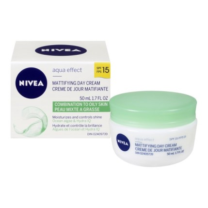nivea-aqua-effect-mattifying-day-cream-for-combination-to-oily-skin-spf-15-50-ml-600x600